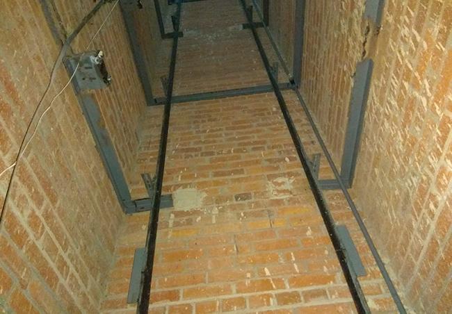 Демонтаж металлоконструкций и лифта 500 кг