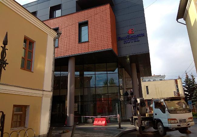 Мойка фасада DoubleTree by Hilton